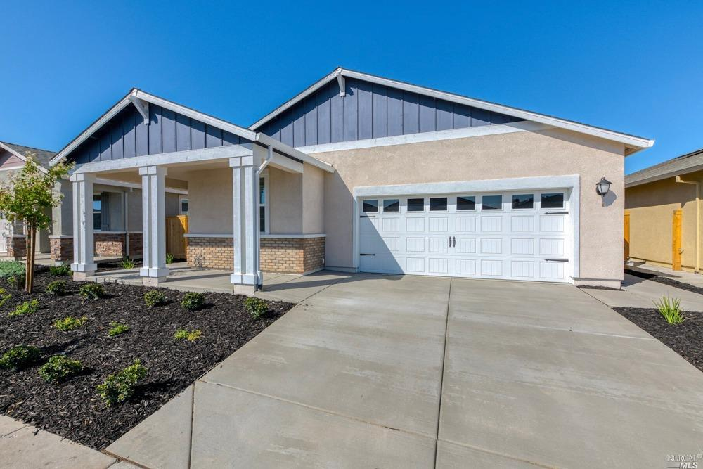 Fall in love with this gorgeous home! Featuring stunning upgrades such as wood-look flooring, high c