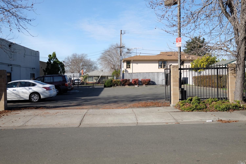 18081810 Springs Rd in Vallejo, CA
