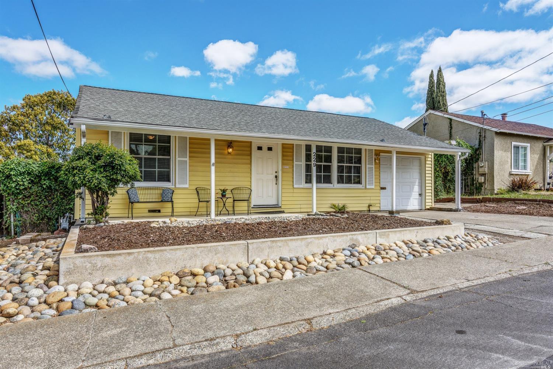 229 Hillcrest, Benicia, CA, 94510