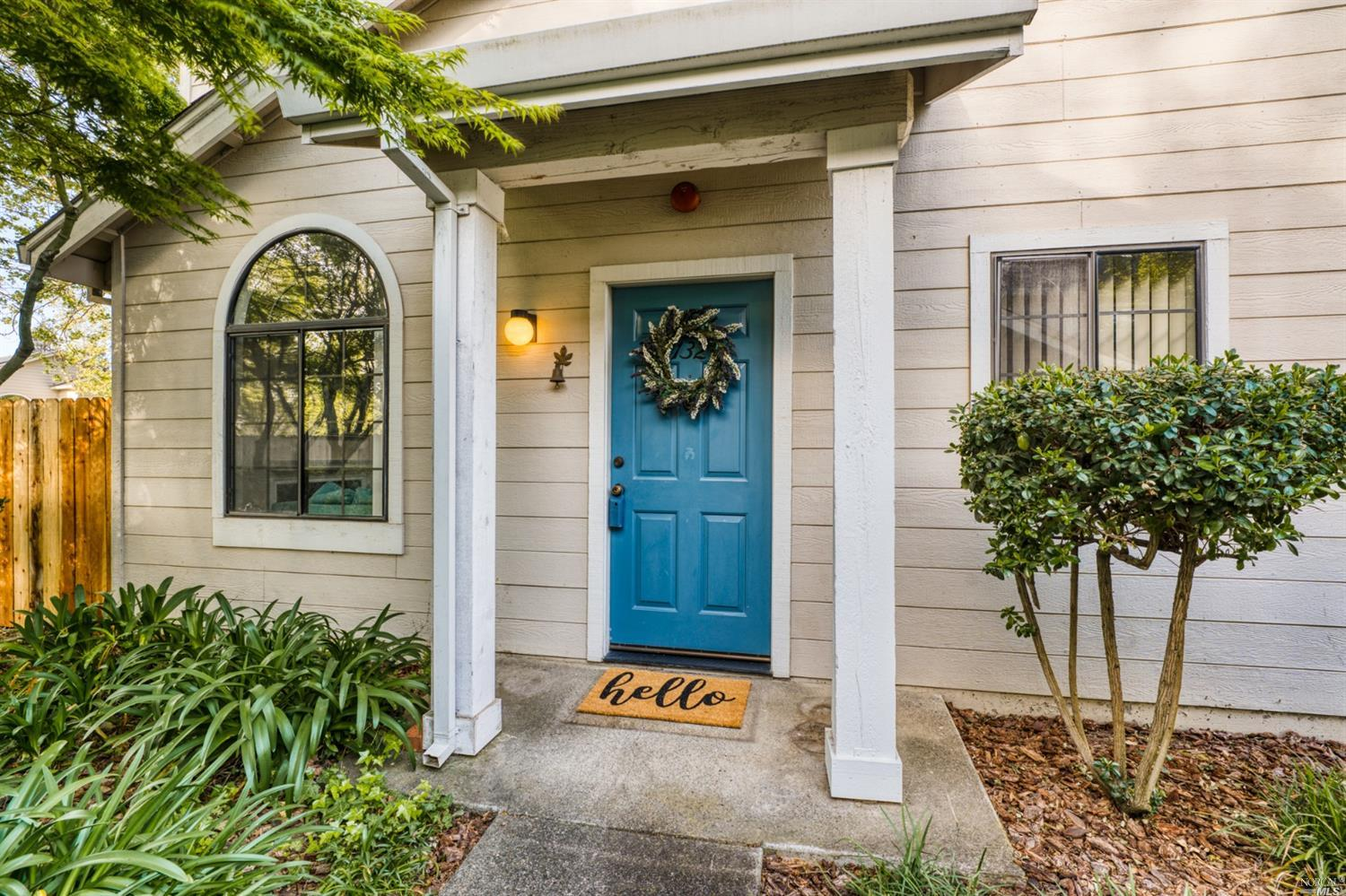 Hard to find single level end-unit condo w/no neighbors above! Private yard & patio that back up to