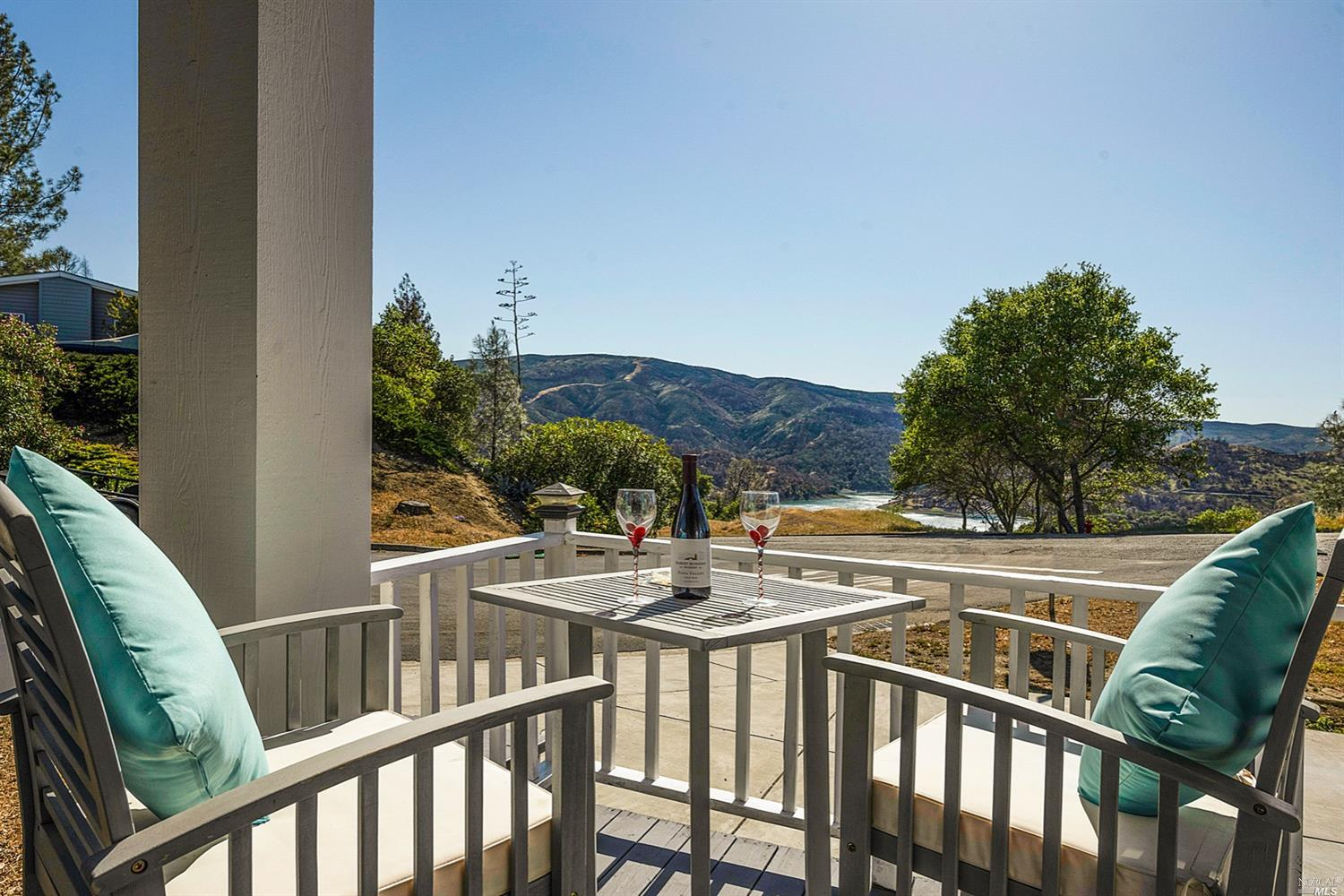 Lakeview TURN-KEY home in desirable Lake Berryessa. Just 1 minute to Steele Park campground and boat