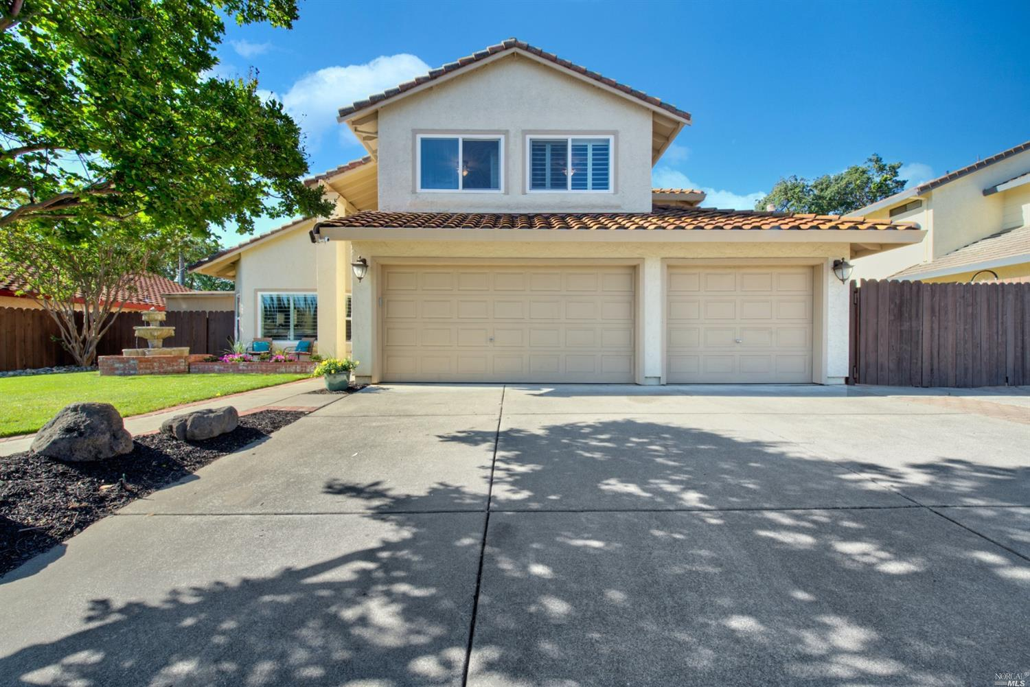 Gorgeous North Vacaville updated home with a 3-car garage and RV parking, located on one of Vacavill
