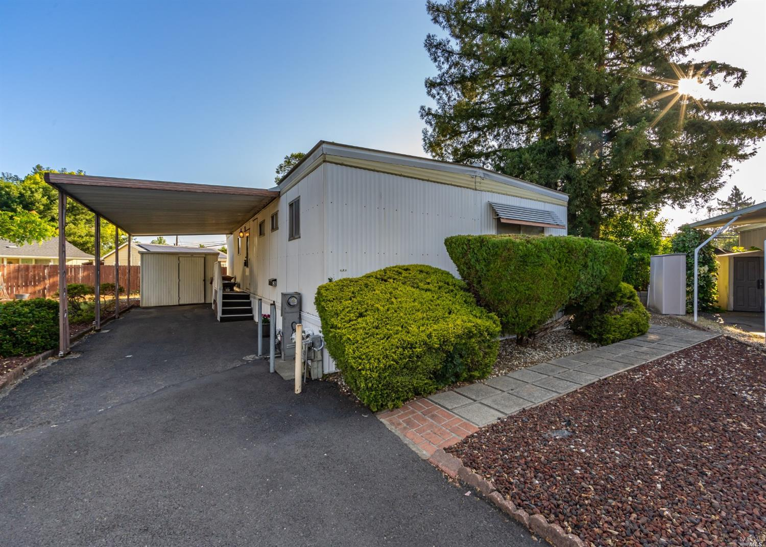 Welcome to 3 Newell Cir, single level 2 bedroom 2 bathroom mobile home located in a family park.  Co