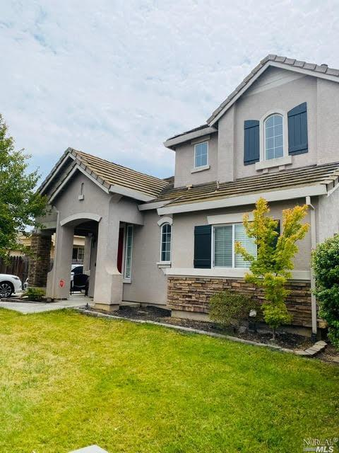 Peterson Ranch Cutie, lots of upgrades and decorator touches. Large open Kitchen with Stainless stee