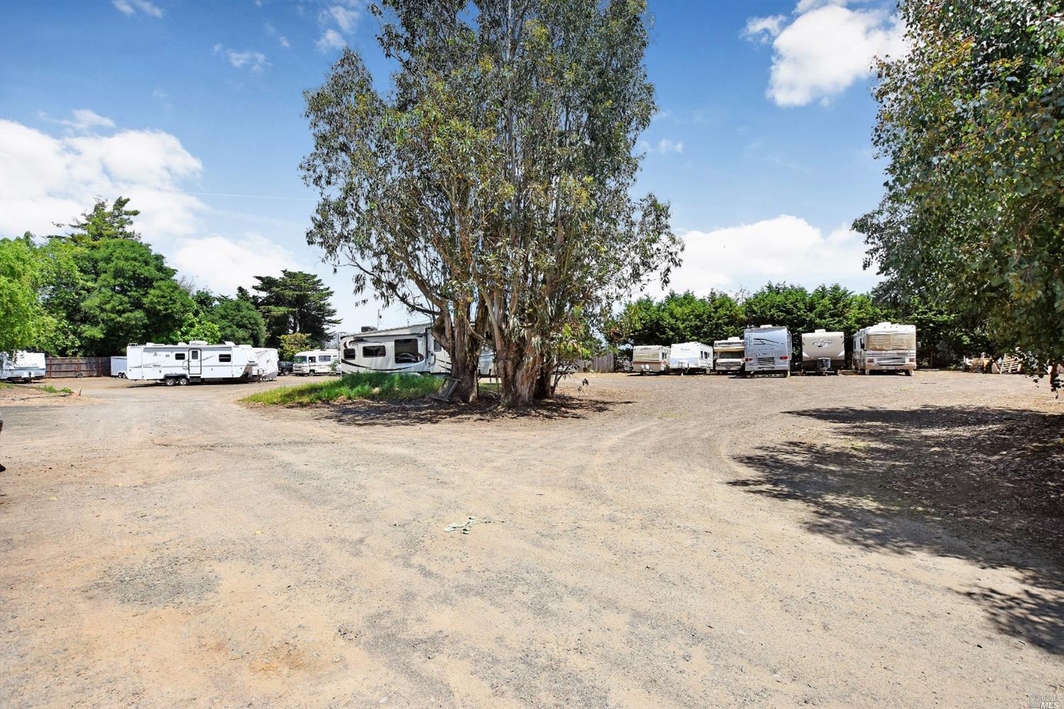 Listing 21915283 : 3820  Bodega Avenue, Petaluma, CA, 94952  (photo 8)