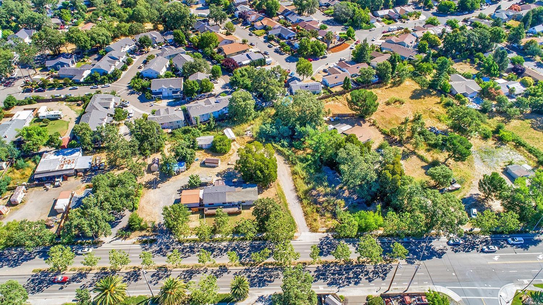 Listing 21927037 : 8490  Old Redwood Highway, Windsor, CA, 95492  (photo 3)