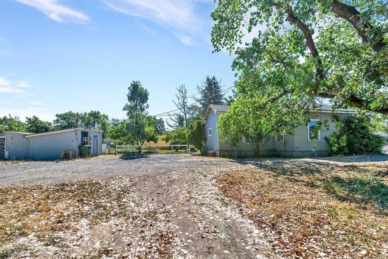 Listing 21927321 : 8490  Old Redwood Highway, Windsor, CA, 95492  (photo 5)