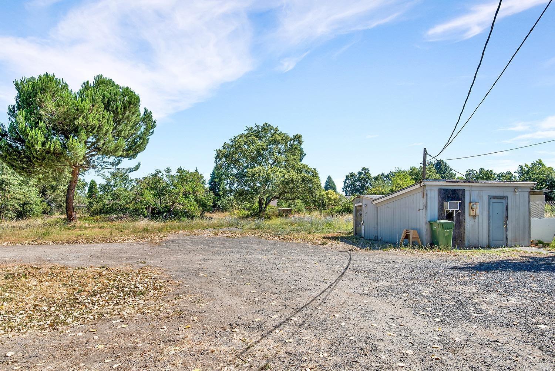 Listing 21927321 : 8490  Old Redwood Highway, Windsor, CA, 95492  (photo 6)