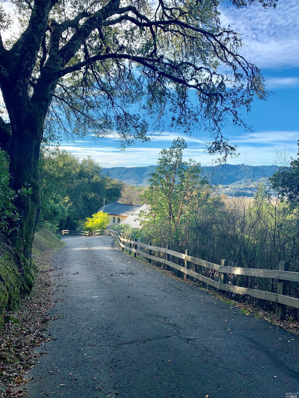 Listing 22001087 : 1765  Trimble Lane, Cloverdale, CA, 95425  (photo 9)