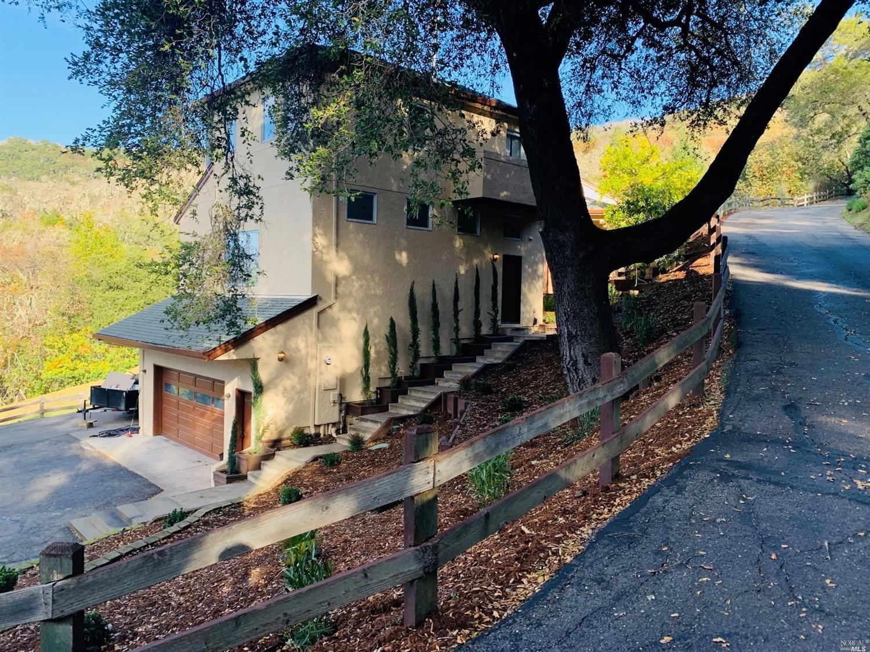 Listing 22001087 : 1765  Trimble Lane, Cloverdale, CA, 95425  (photo 1)