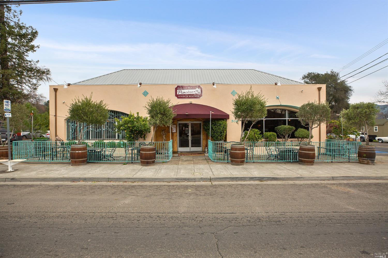 Listing 22001396 : 504  N Cloverdale Boulevard, Cloverdale, CA, 95425  (photo 1)