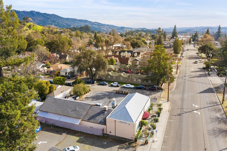 Listing 22001396 : 504  N Cloverdale Boulevard, Cloverdale, CA, 95425  (photo 15)