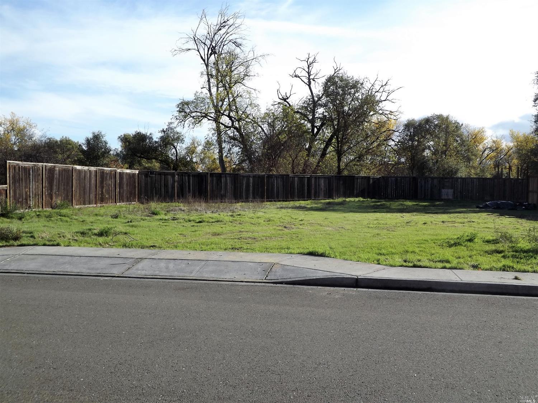 463 Riverview Drive, Ukiah, CA 95482