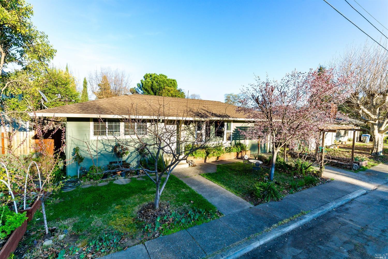 171 Barbara Street, Ukiah, CA 95482