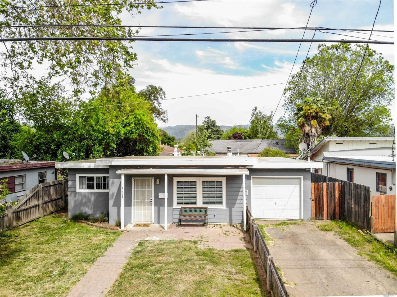 1063 N Pine Street, Ukiah, CA 95482