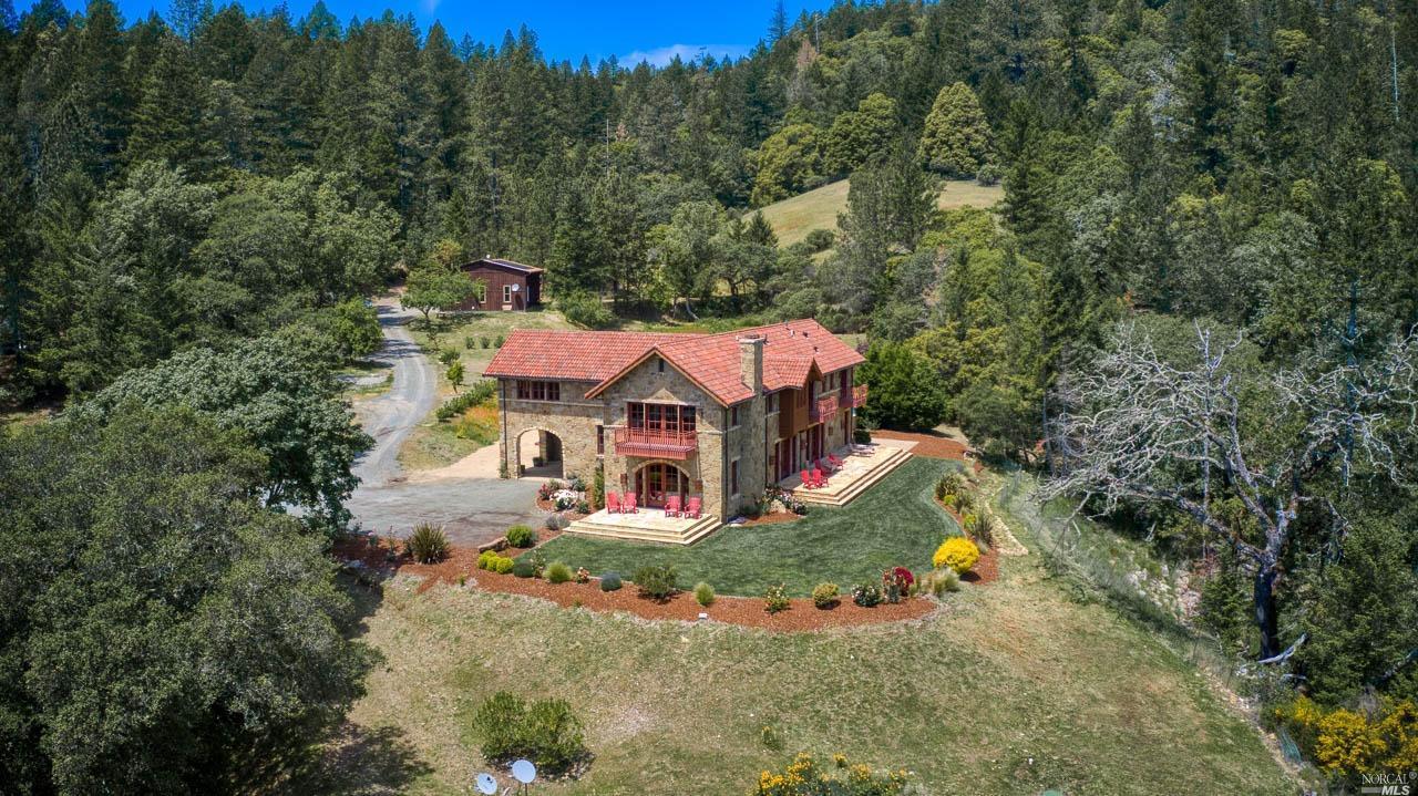 Listing 22010323 : 15300  Ida Clayton Road, Calistoga, CA, 94515  (photo 4)