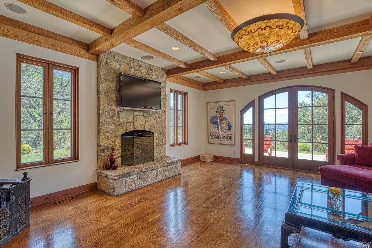 Listing 22010323 : 15300  Ida Clayton Road, Calistoga, CA, 94515  (photo 10)