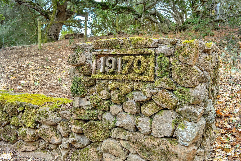Listing 22011952 : 19170  Mesquite Court, Sonoma, CA, 95476  (photo 2)