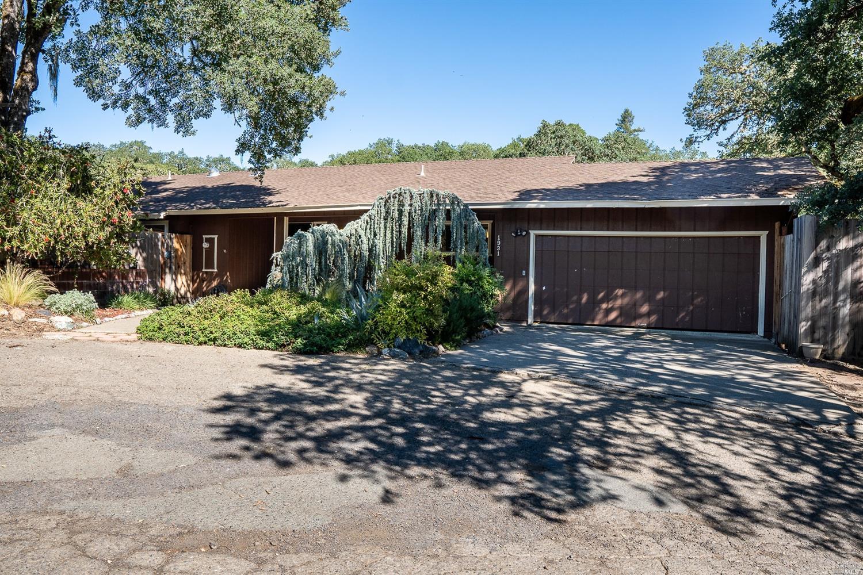 1931 Mosswood Road, Ukiah, CA 95482