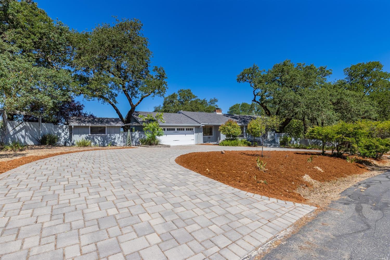 26817 Oak Knoll Terrace, Cloverdale, CA 95425