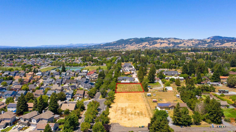 Listing 22014135 : 1712  William Drive, Penngrove, CA, 94951  (photo 9)