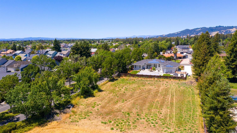 Listing 22014135 : 1712  William Drive, Penngrove, CA, 94951  (photo 7)