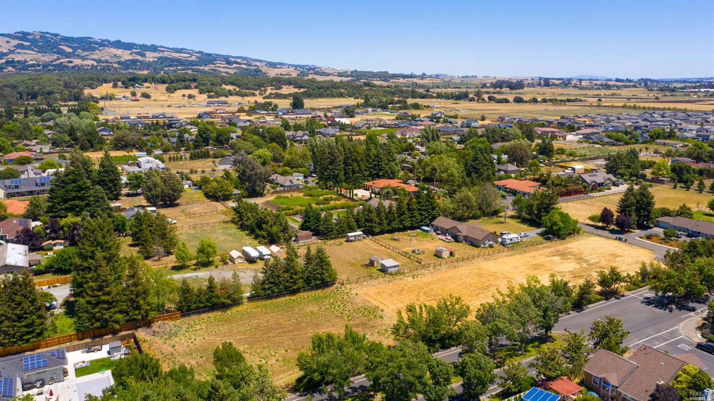 Listing 22014135 : 1712  William Drive, Penngrove, CA, 94951  (photo 8)