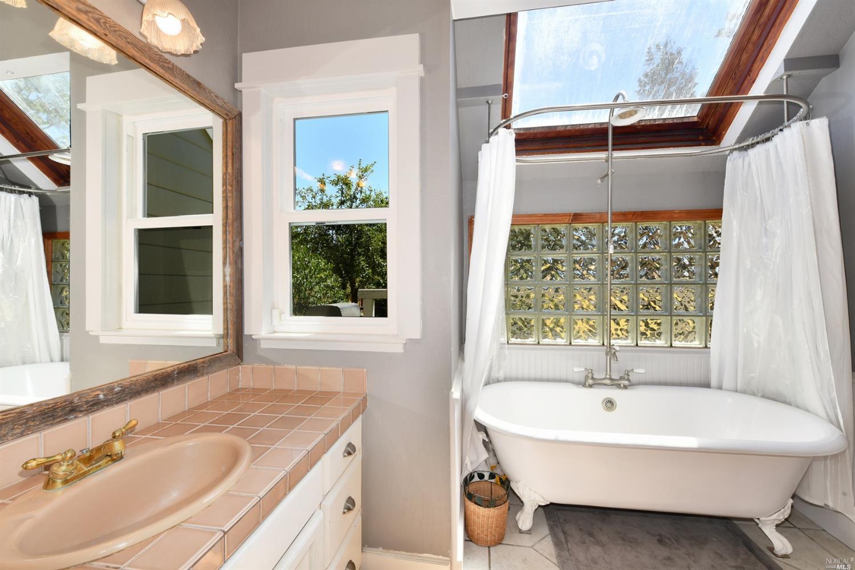 Listing 22015062 : 267  Arata Lane, Windsor, CA, 95492  (photo 12)