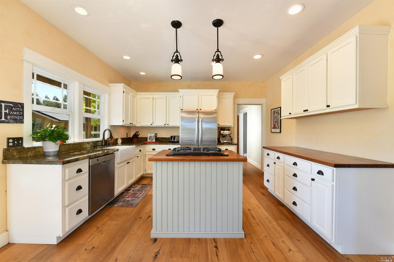 Listing 22015062 : 267  Arata Lane, Windsor, CA, 95492  (photo 4)