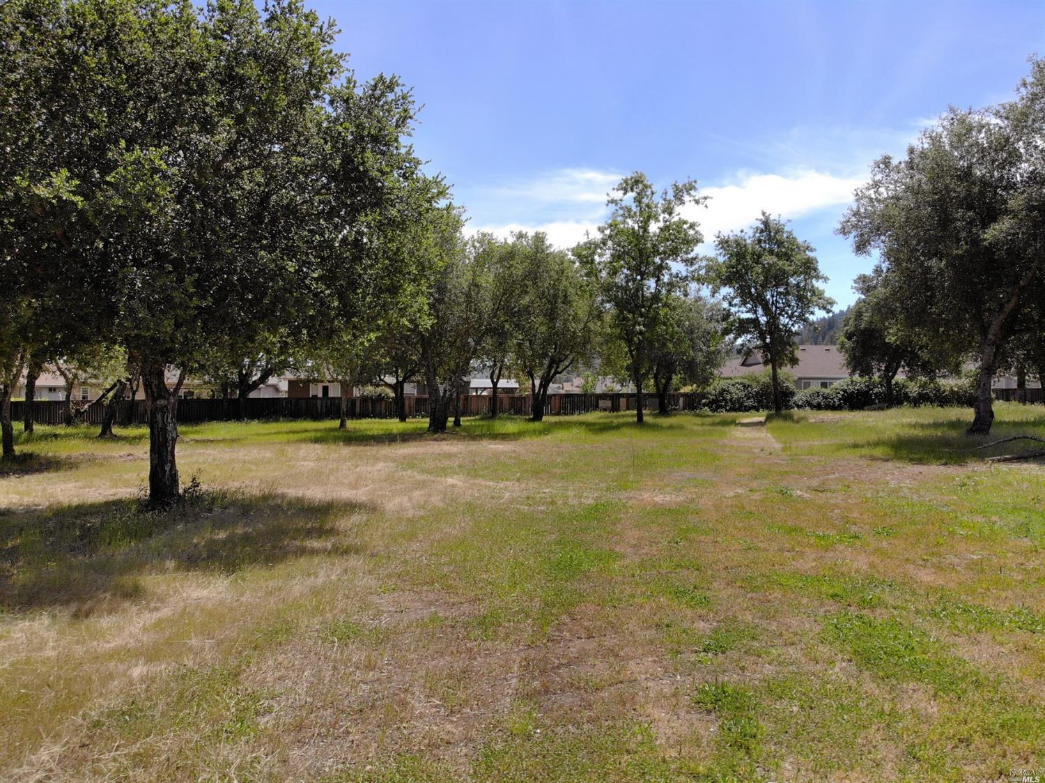 Listing 22016311 : 593  W 2nd Street, Cloverdale, CA, 95425  (photo 3)