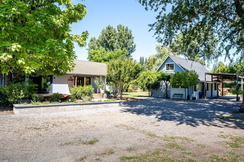 12451 Powerhouse Road, Potter Valley, CA 95469