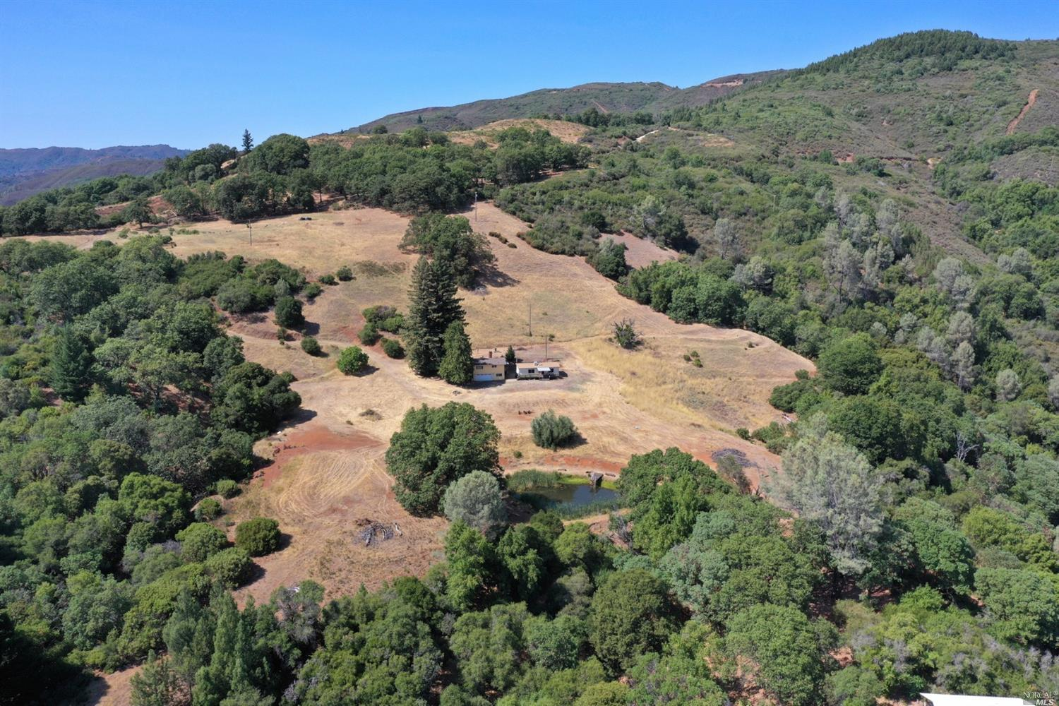 Listing 22017664 : 34151  Pine Mountain Road, Cloverdale, CA, 95425  (photo 3)