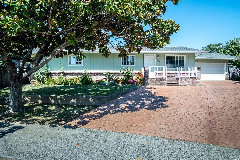 1540 Sauterne Place, Ukiah, CA 95482