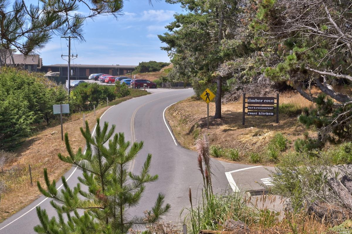 Listing 22020356 : 21950  Timber Cove Road, Jenner, CA, 95450  (photo 21)