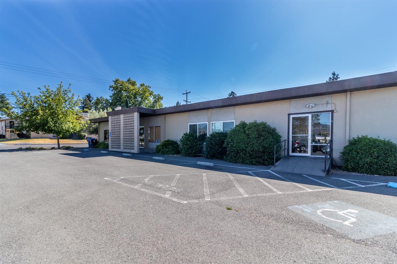 168 Washington Avenue, Ukiah, CA 95482