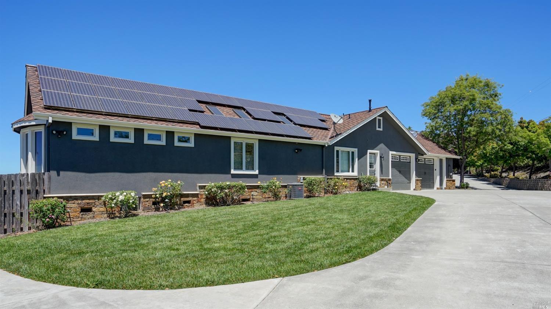 Listing 22021023 : 200  Frances Way, Petaluma, CA, 94954  (photo 4)