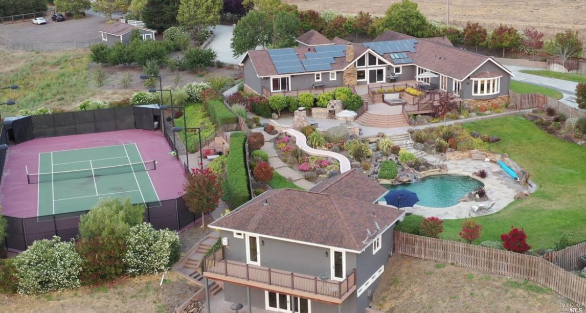 Listing 22021023 : 200  Frances Way, Petaluma, CA, 94954  (photo 41)