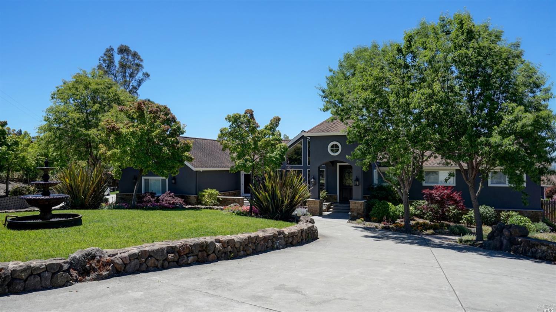 Listing 22021023 : 200  Frances Way, Petaluma, CA, 94954  (photo 3)