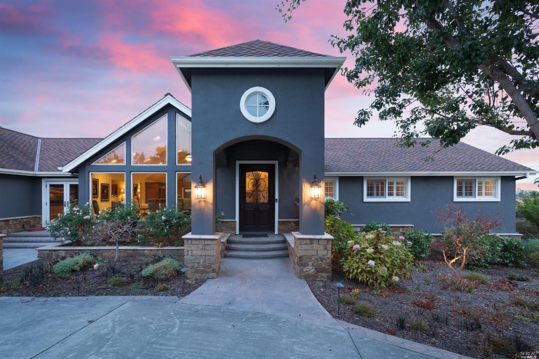 Listing 22021023 : 200  Frances Way, Petaluma, CA, 94954  (photo 2)