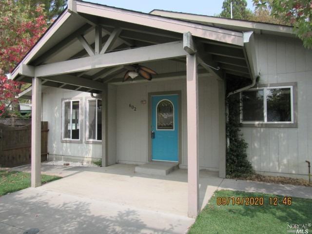 602 Crest Drive, Willits, CA 95490