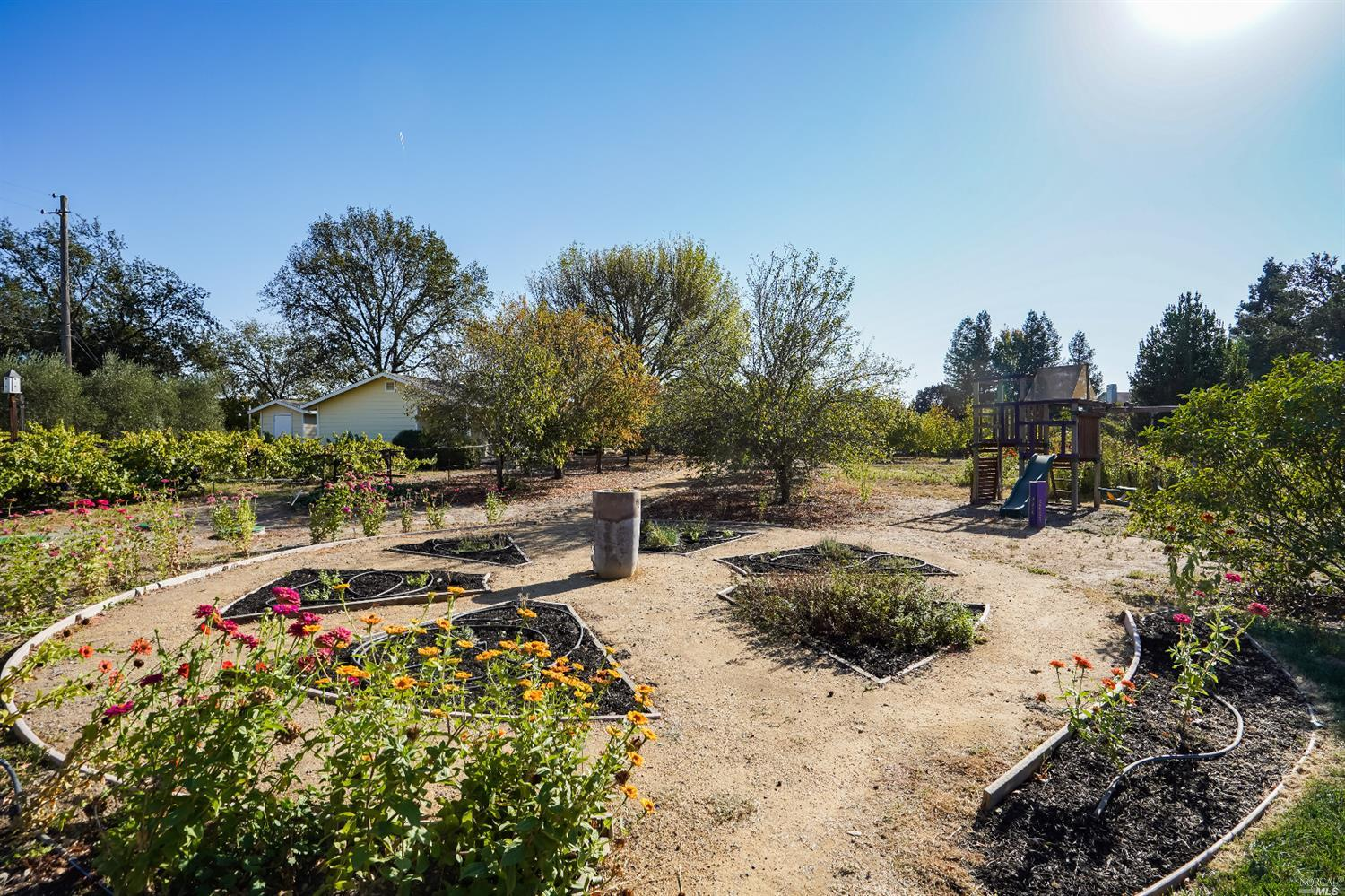 Listing 22022555 : 10377  Hillview Road, Windsor, CA, 95492  (photo 48)