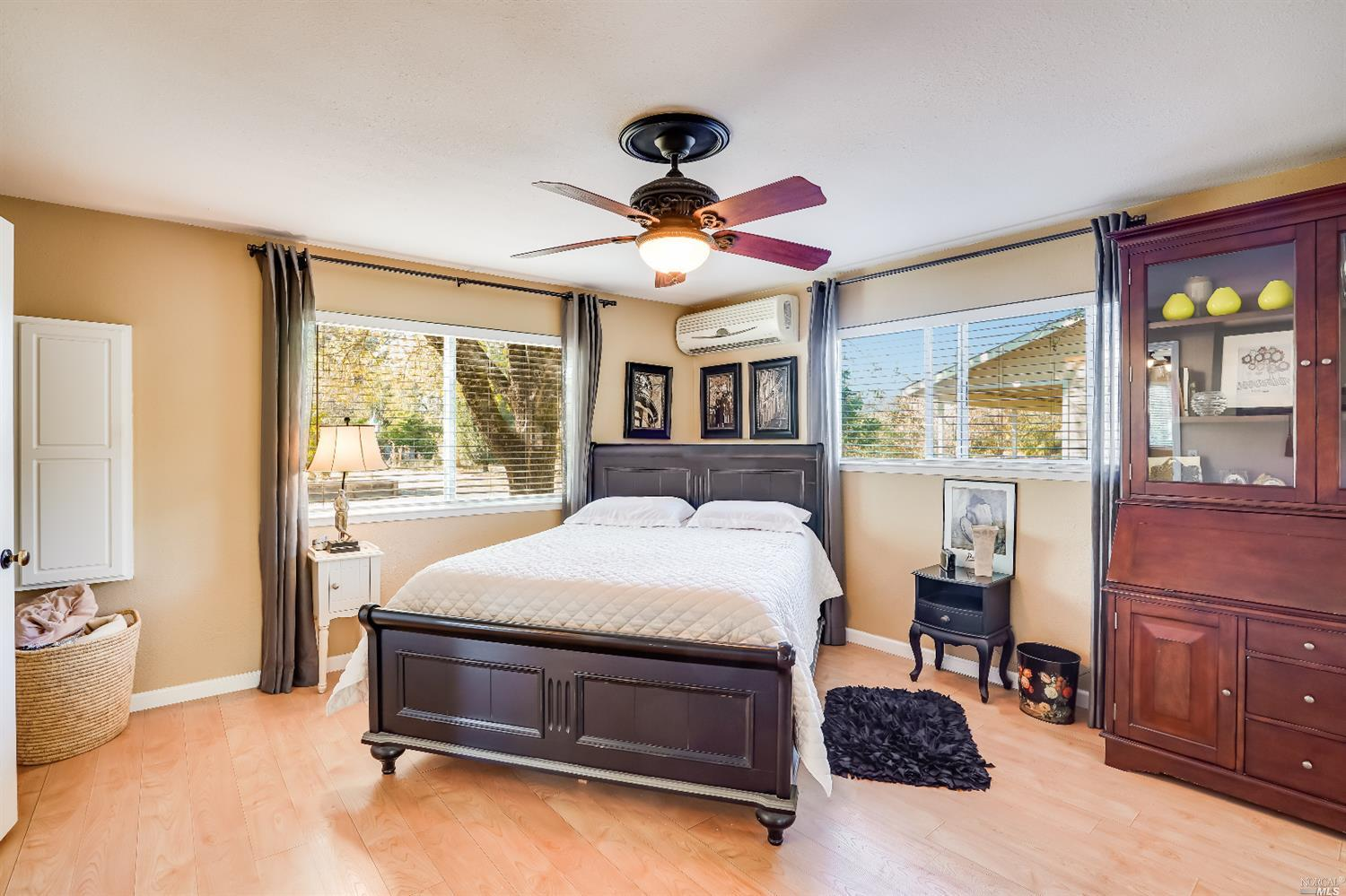 Listing 22022555 : 10377  Hillview Road, Windsor, CA, 95492  (photo 35)