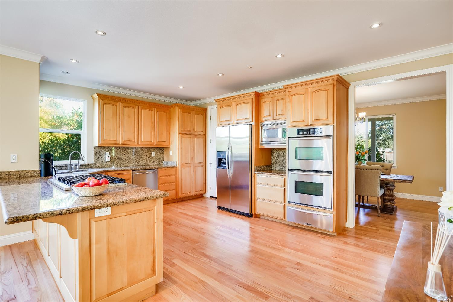 Listing 22022555 : 10377  Hillview Road, Windsor, CA, 95492  (photo 13)