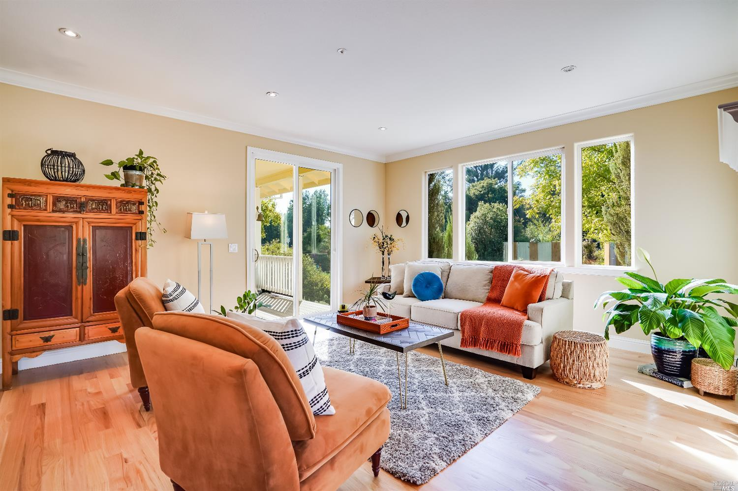 Listing 22022555 : 10377  Hillview Road, Windsor, CA, 95492  (photo 5)