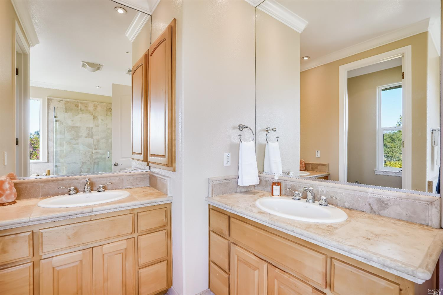 Listing 22022555 : 10377  Hillview Road, Windsor, CA, 95492  (photo 26)
