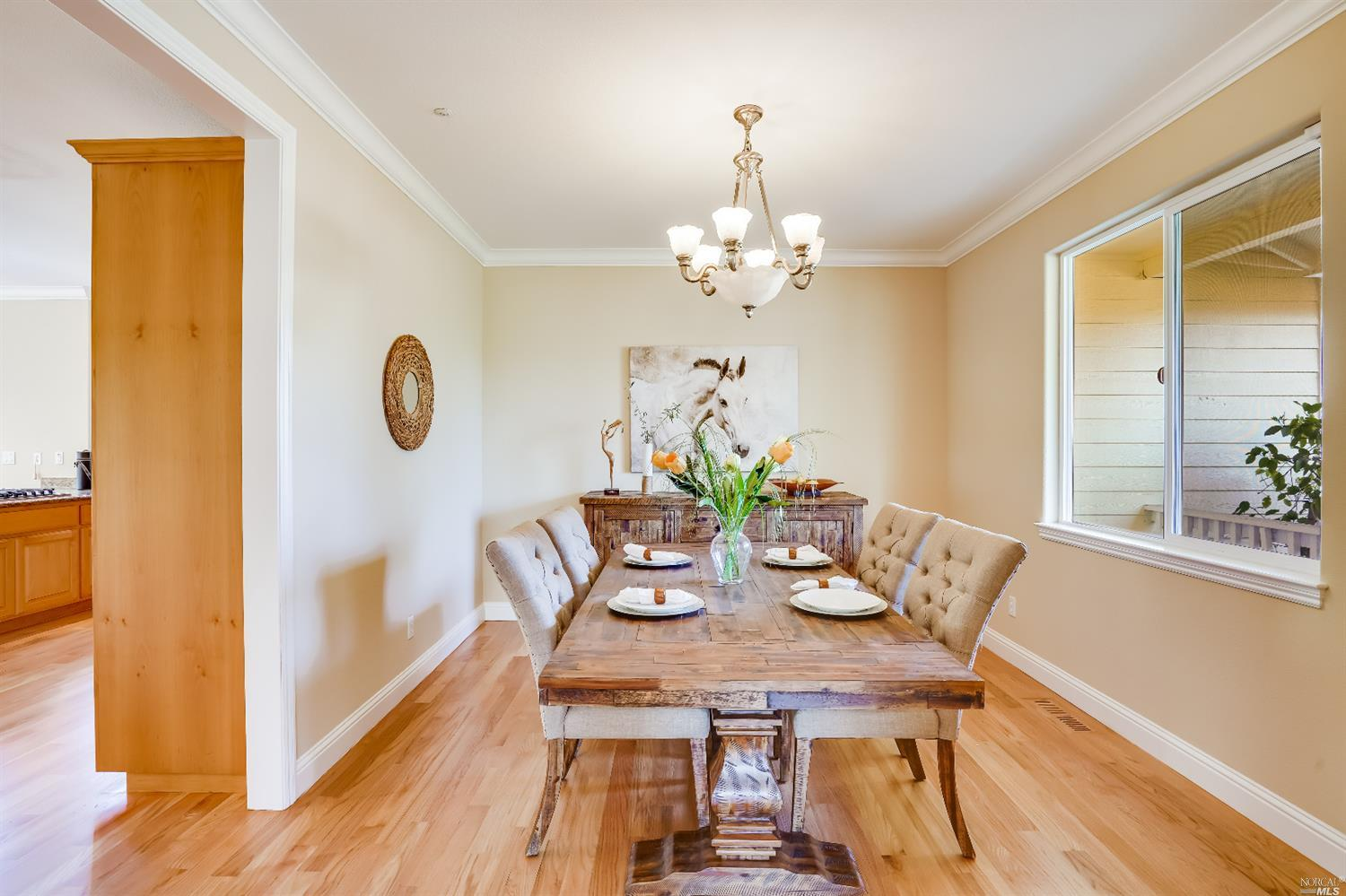 Listing 22022555 : 10377  Hillview Road, Windsor, CA, 95492  (photo 9)