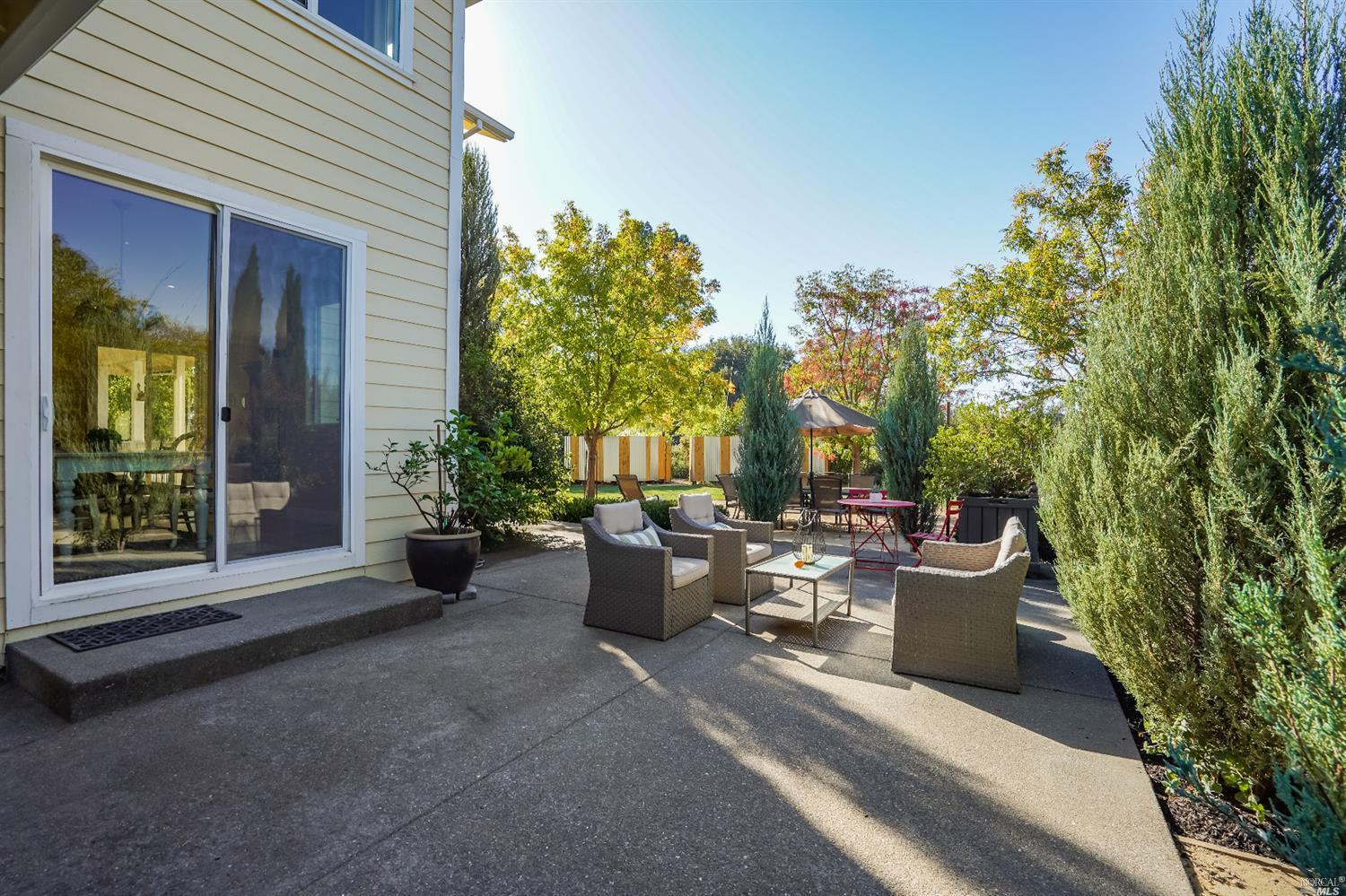 Listing 22022555 : 10377  Hillview Road, Windsor, CA, 95492  (photo 45)