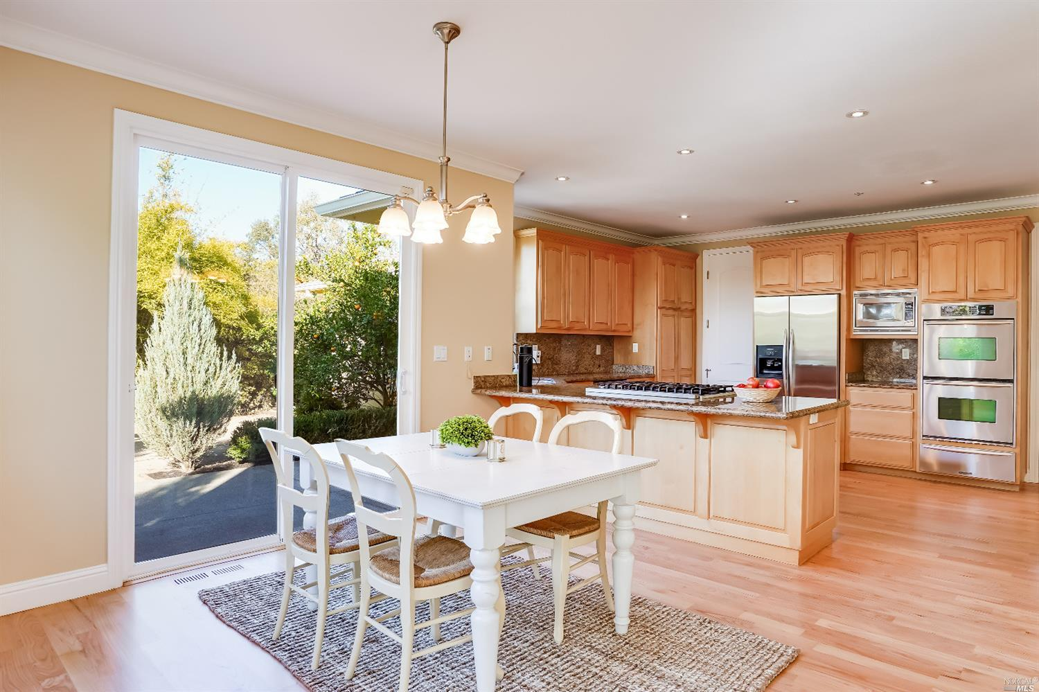 Listing 22022555 : 10377  Hillview Road, Windsor, CA, 95492  (photo 16)