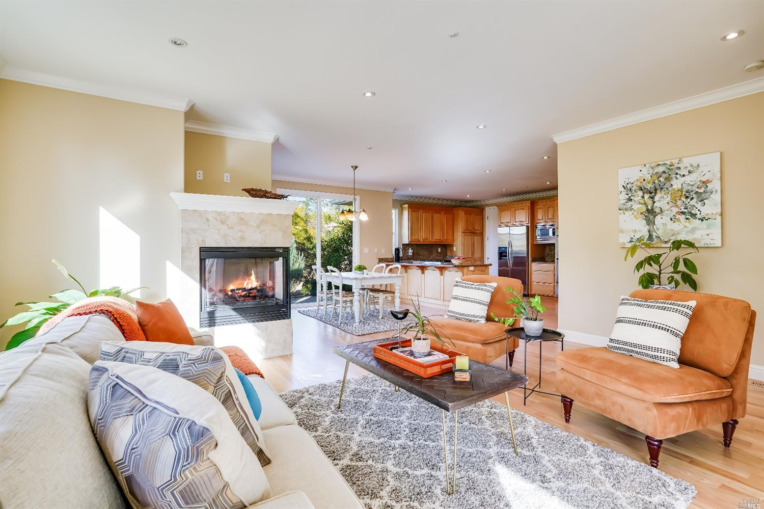 Listing 22022555 : 10377  Hillview Road, Windsor, CA, 95492  (photo 12)
