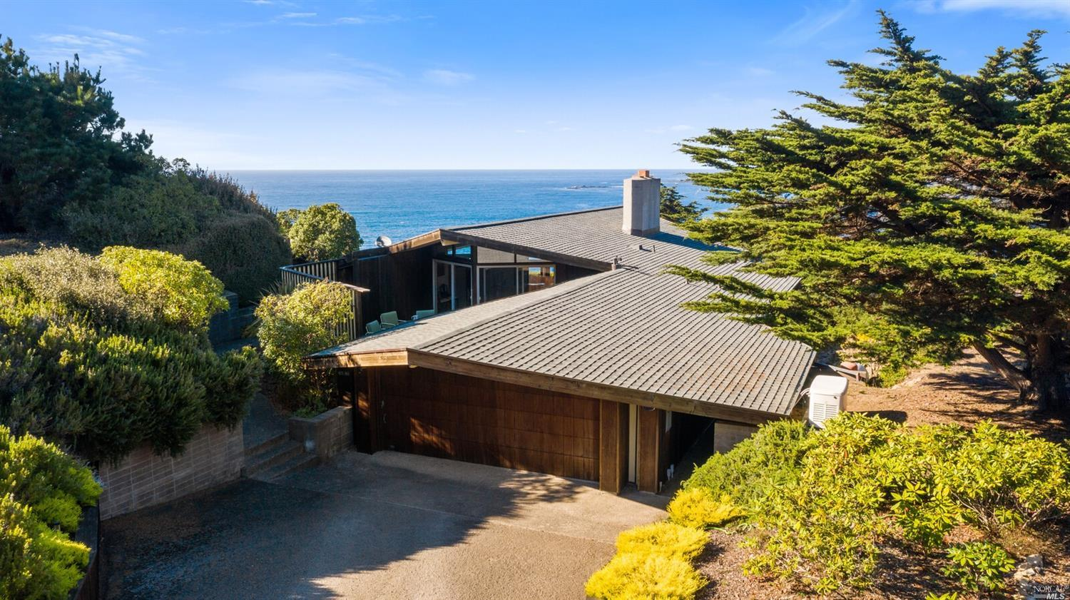 Photo of 6380 N Highway 1, Little River, CA 95456